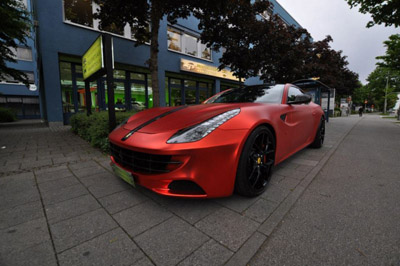 Novitec Rosso Ferrari FF от Print Tech Premium Wrapping